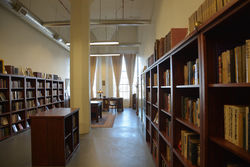 Burnside Rare Books, ABAA store photo