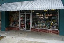Phoenix books\Joannes Used Books store photo