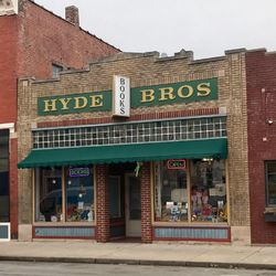 Hyde Brothers, Booksellers store photo