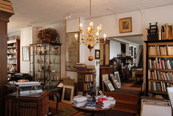 Antiquariaat Arine van der Steur store photo