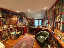 photo of Pengilly Books