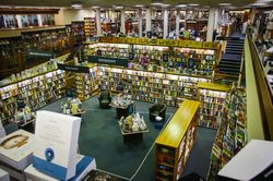Blackwell's Bookshop, Oxford store photo