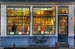 Son 5 Books store photo