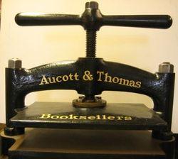 logo: Aucott & Thomas