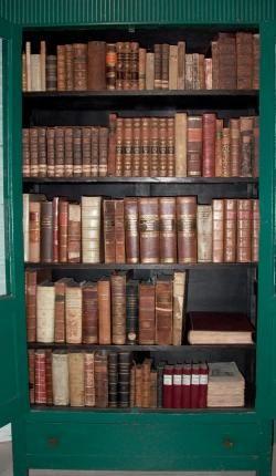 Scrinium Classical Antiquity store photo