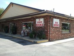 logo: The Book Stop