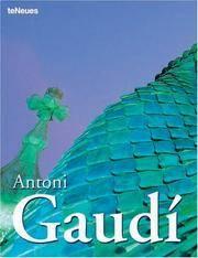 image of Antoni Gaudi (Archipockets Classics) (Multilingual Edition)