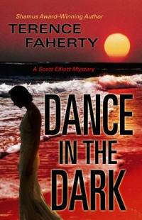 Dance in the Dark (Five Star Mystery Series)