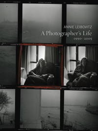 A Photographer's Life: 1990-2005 by Annie Leibovitz - Paperback - Signed - 2009 - from Design Books (SKU: 015106)