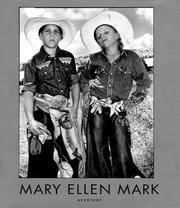 Mary Ellen Mark: An American Odyssey 1963-1999 (Aperture Monograph)