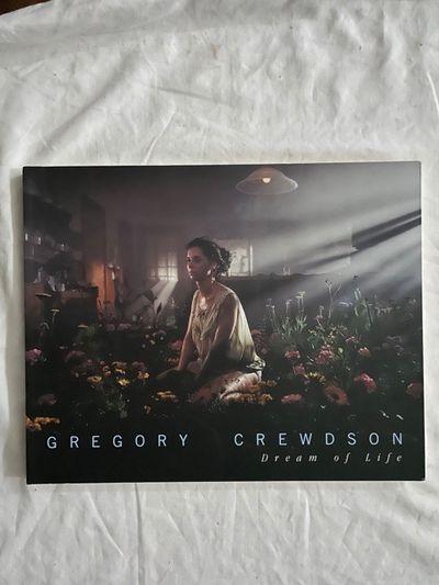 Gregory Crewson; Dream of Life