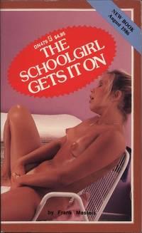 The Schoolgirl Gets It On  DN0479