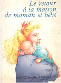 image of Le retour à la maison de maman et bébé