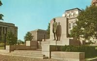 Abraham Lincoln's Statue, Springfield Illinois unused Postcard