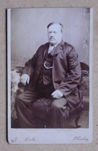 Carte De Visite Photograph: Portrait of a Seated Gentleman.