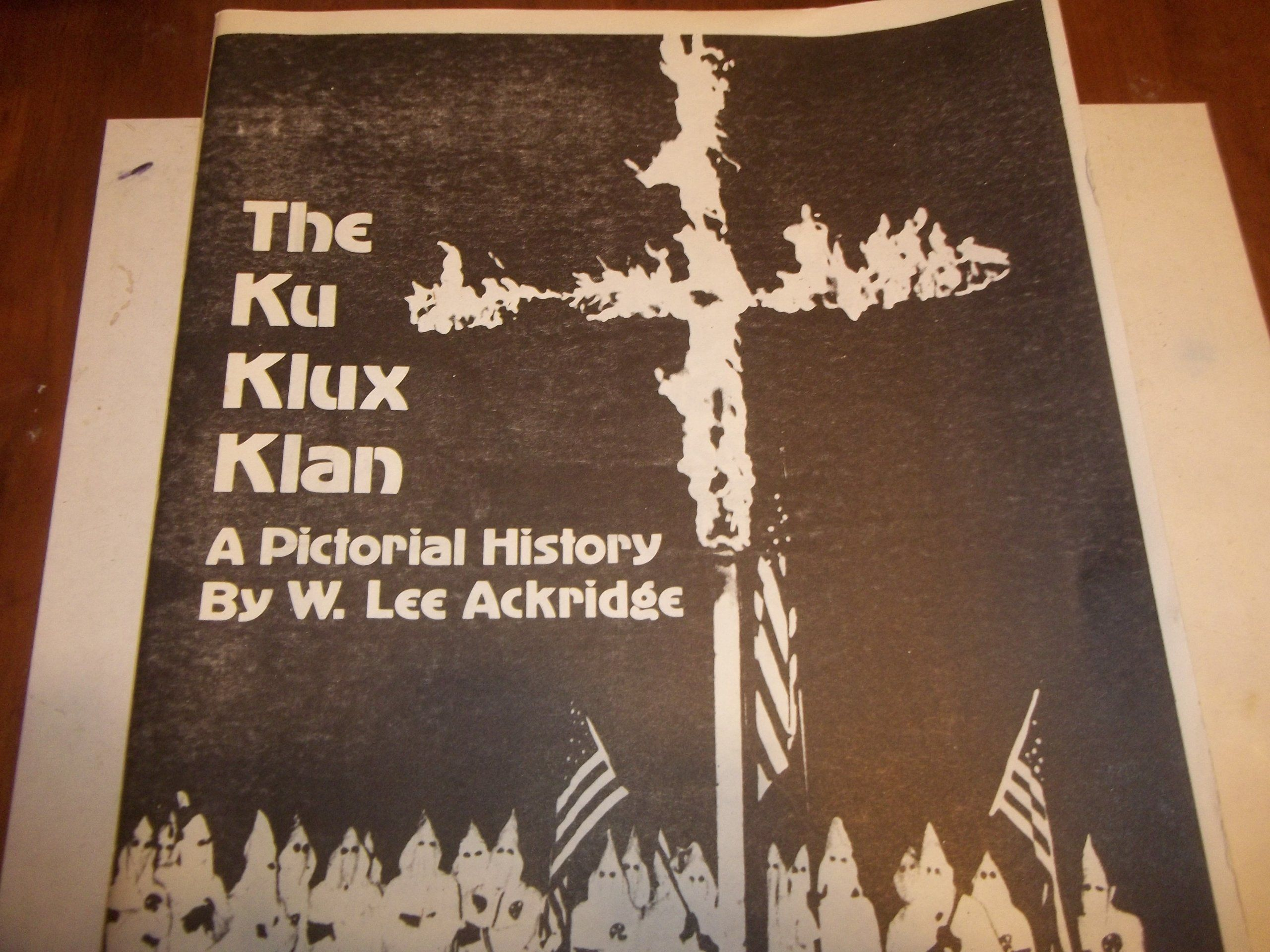 a review of the history of the ku klux klan A ku klux klan march in ashland, oregon (date unknown estimated to be from the 1920s) oregon historical society portland, ore— victor pierce has worked on the assembly line of a daimler trucks.