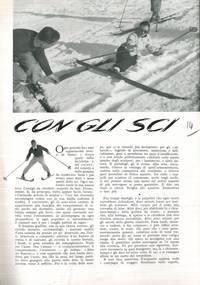Con gli sci.