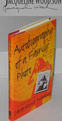 image of Autobiography of a family photo; a novel