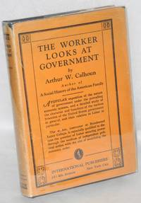 The worker looks at government