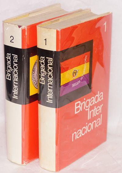 Frankfurt/Main: Röderverg-Verlag, 1976. Two volumes complete, endpaper maps in colors, djs. Vol. 1:...