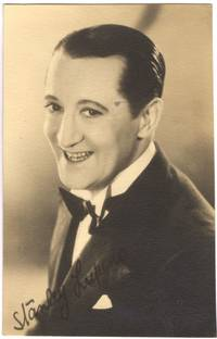 image of Postcard photo signed, (Stanley, 1893-1942, Comedian)