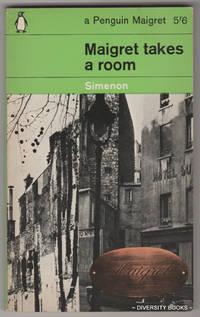MAIGRET TAKES A ROOM  (Penguin C2249)