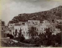Isola di Capri. Veduta del villaggio omonimo con l\'Albergo Pagano.