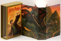 image of HARRY POTTER AND THE DEATHLY HALLOWS;