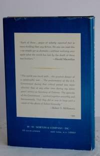 image of Thirteen Days; a memoir of the Cuban missile crisis