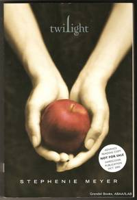 Twilight. by  Stephenie MEYER - Paperback - 2005 - from Grendel Books, ABAA/ILAB and Biblio.com.au
