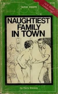 Naughtiest Family in Town  PP7001