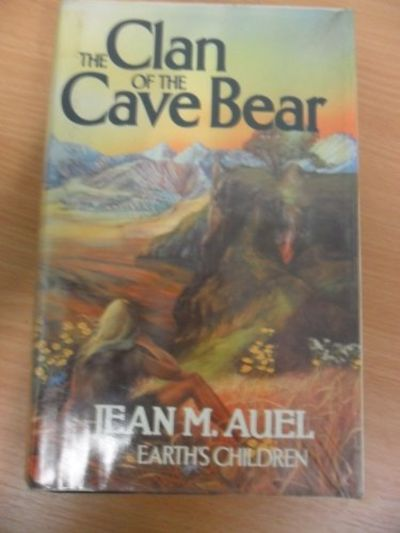 9780340259672 The Clan Of The Cave Bear Earth S Children By Jean