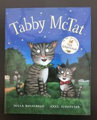 Tabby McTat : Signed And Doodled By The Illustrator