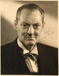 Portrait photo signed and inscribed, showing him head and shoulders, (Lionel, 1878-1954, American Actor)
