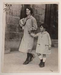 image of [Press photo of Nicola Sacco's wife Rosina and their daughter Ines]