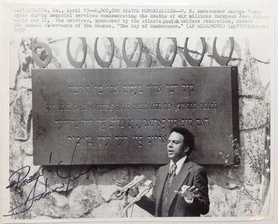 Atlanta, 1977. unbound. 8 x 10 inches, Atlanta, 1977 -- an original wire service photograph signed
