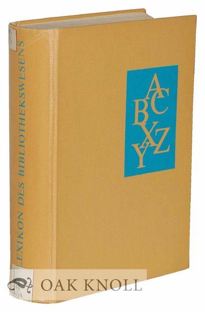 Leipzig, Germany: VEB Verlag für Buch- und Bibliothekswesen, 1969. cloth. 8vo. cloth. xiv, 769+(1) ...