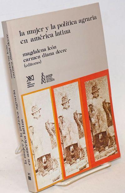 Mexico City: Siglo Veintiuno Editores, 1986. Paperback. 290p., wraps, 6.25 x 9 inches, wraps worn, s...