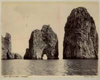 Capri. I Faraglioni.