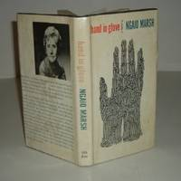HAND IN GLOVE By NGAIO MARSH 1962 First Edition