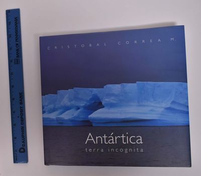 Santiago, Chile: C. Correa Montalva, 2004. Hardcover. VG/VG- light wear to dj edges and corners. Bla...