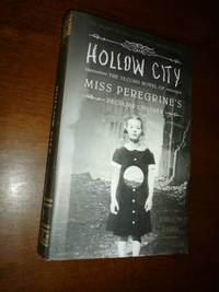 image of Hollow City (The Second Novel of Miss Peregrine's Peculiar Children)