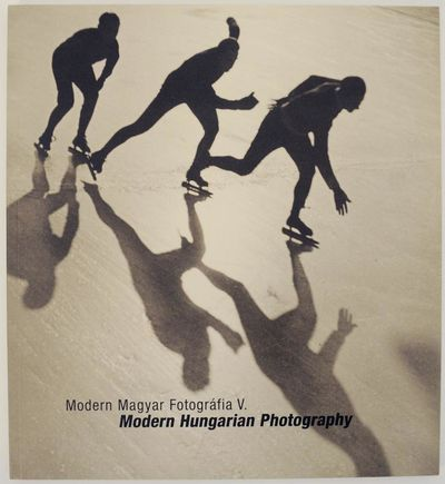 Budapest: Vintage Galeria, 2006. First edition. Softcover. Text in English and Hungarian. Includes 7...