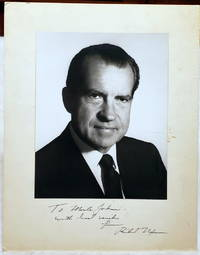 image of Inscribed Portrait Photograph of Richard Nixon