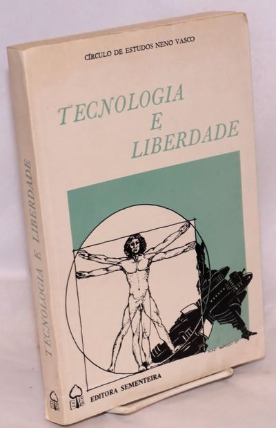 Lisboa, Portugal: Sementeira, 1988. 319p., wraps, foxing. Text in Portuguese.