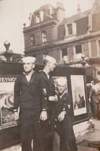 [Military][Navy][Travel] Photo Album Depicting Navy Man's Worldwide Tours