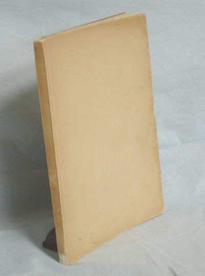 Oldenberg: Gerhard Stalling, 1933. First Edition. Octavo. 112p. German text in first issue (only 10,...