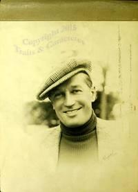 Premier anniversaire de l'orchestre Jo Bouillon, album de photographies. by  Chevalier (Maurice)  Bouillon (Jo) - 1937 - from Librairie Traits et Caracteres and Biblio.com