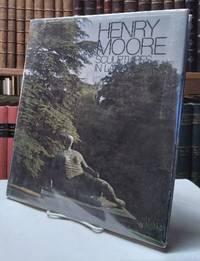 Henry Moore: Sculptures in Landscape