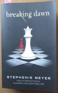 Breaking Dawn: The Twilight Saga #4